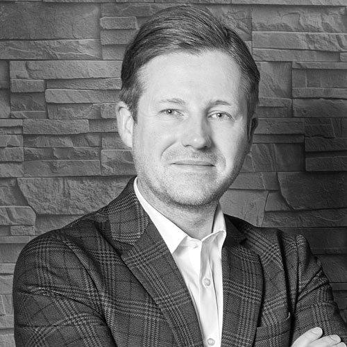 Thorsten Hilpert, zarząd Stolkom